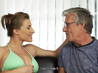 Nice intimacy of oldman and 18yo girl ends with cumshot