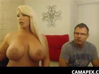 Large-Bosomed Blond Hair Girl Alura Suck On Her Lover's - alura jenson