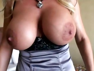 Wifey World Hotel Slut Steamy Amateurs Making Out Bang - oral sex