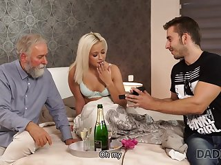 DADDY4K. Blond Hair Lady-haired dollface Ria Sun tries old male stick