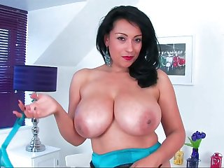Donna Ambrose Hot Latina MILF solo session