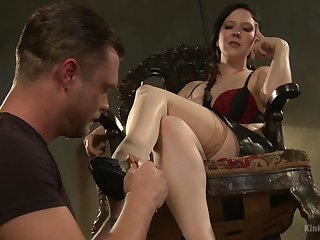 Female slut Nerine Mechanique gives a rough dick torture to a slave
