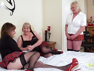 Wild mature chubby whore Clair Knight feels right about some pussy teasing