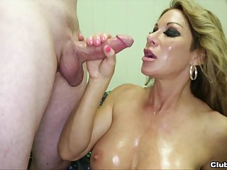 Farrah Dahl spreads her legs to tease and finishes her partner