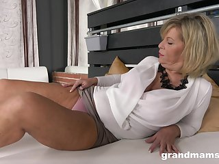Dirty mature slut loves having a stiff younger dick in her