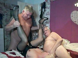 Dimonty Fucks Two Men Pt2 - TacAmateurs
