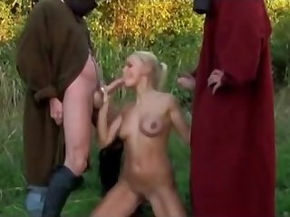 Horny knights fuck ladies in hardcore style