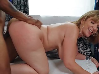 Married BBW Sara Jay gets it on with a hung store employee
