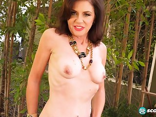 60 y.o. Glamour GILF Cashmere Makes Herself Cum