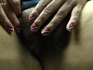 Hairy Mature Latina Bbw Getting Very Frisky - MatureNL