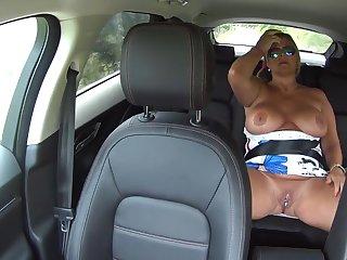 Backseat Pussy Play - TacAmateurs