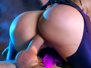 Strong cosplay adult action with big ass milf Aletta Ocean