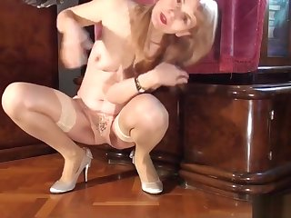 Lean Legs, Smooth Stockings, Silver Shoes, Mature Dancing MILF Masturbates.