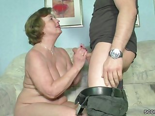 Baldhead chubby dude fucks lustful german mature lady