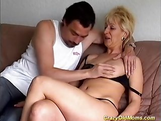 Crazy old mother I´d like to fuck gets shagged hard