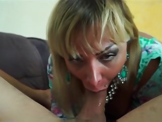 Walkiria Drumond Mature Shemale Bareback
