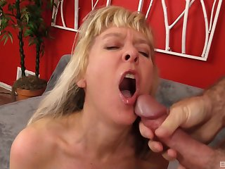 Facial and cum in mouth are things that Clare Fonda adores to do