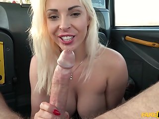 Blonde MILF Victoria Summers gets pounded in the cab