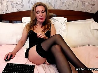 Big ass Milf in stockings on webcam