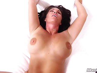 Steamy Mature With Bubble Arse And Big Honkers
